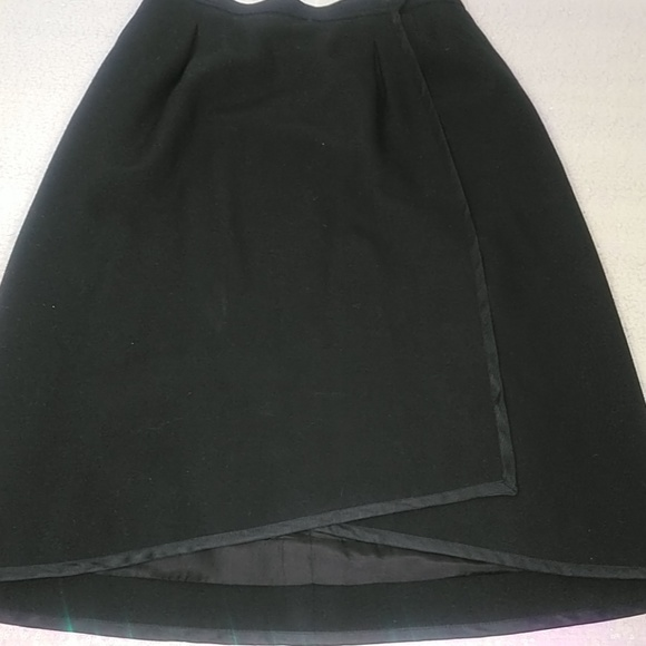 Yves Saint Laurent Dresses & Skirts - SAINT LAURENT SKIRT women's 40